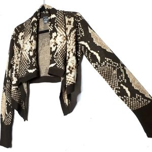 Dots Waterfall Cropped Top Long Sleeve Snakeskin M